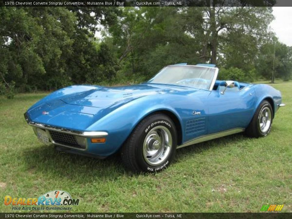Front 3/4 View of 1970 Chevrolet Corvette Stingray Convertible Photo #1