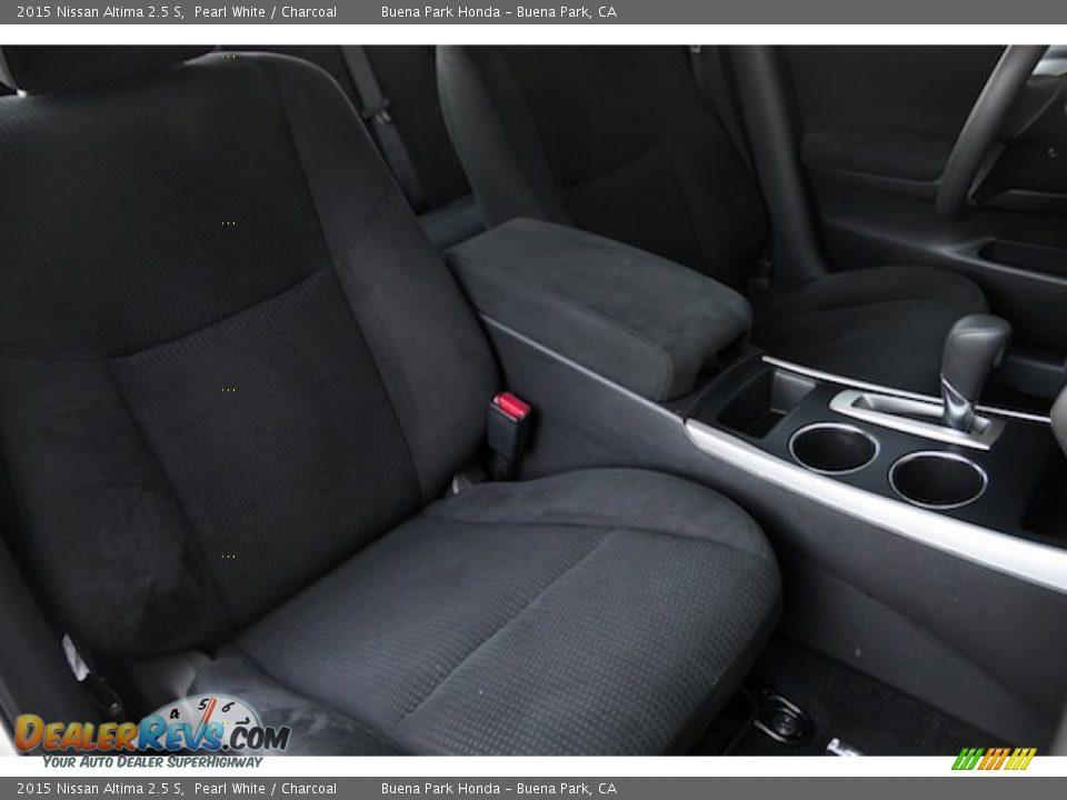 2015 Nissan Altima 2.5 S Pearl White / Charcoal Photo #18