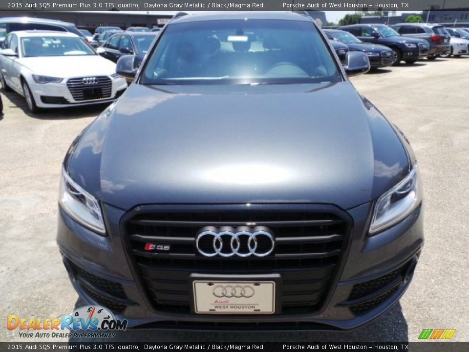 2015 Audi SQ5 Premium Plus 3.0 TFSI quattro Daytona Gray Metallic / Black/Magma Red Photo #2