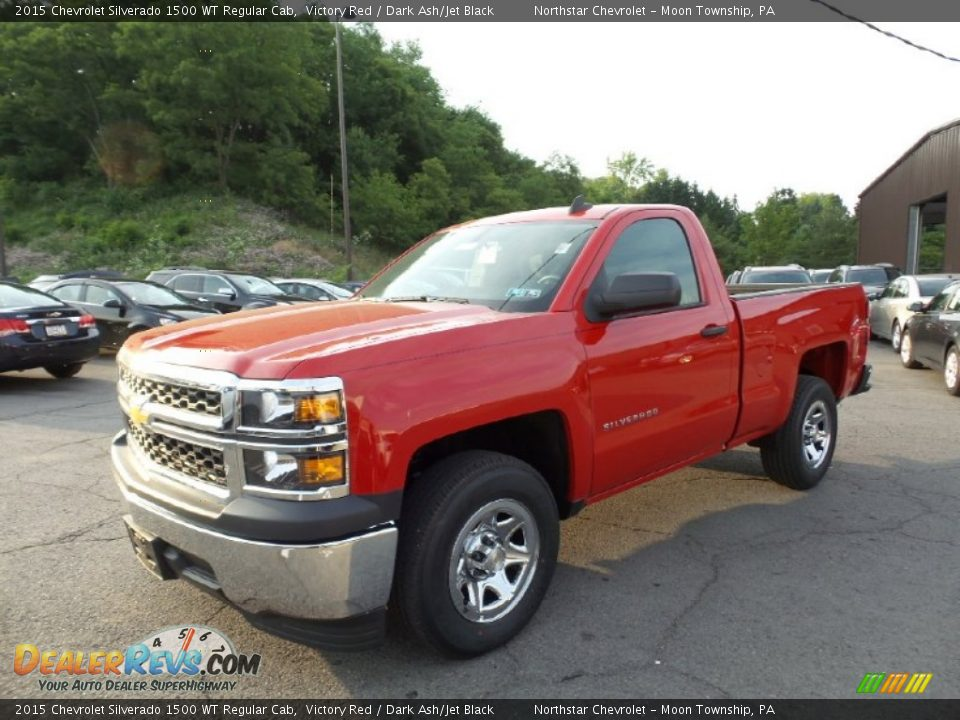 Front 3/4 View of 2015 Chevrolet Silverado 1500 WT Regular Cab Photo #1