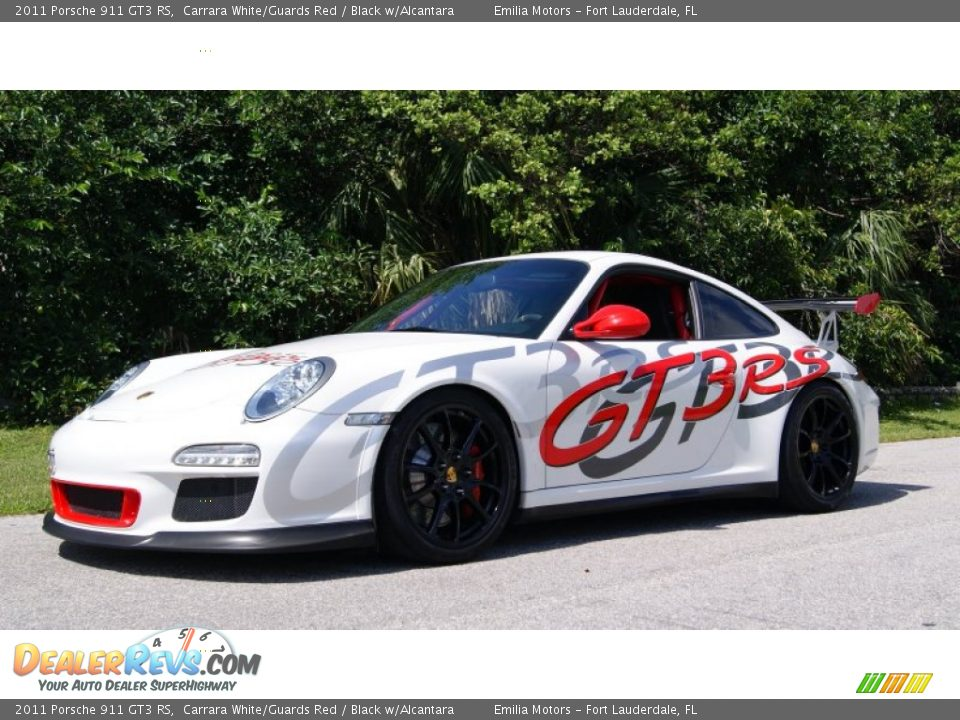 Front 3/4 View of 2011 Porsche 911 GT3 RS Photo #1