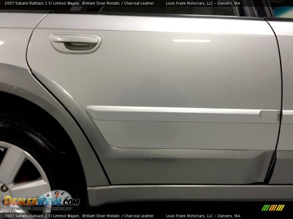 2007 Subaru Outback 2.5i Limited Wagon Brilliant Silver Metallic / Charcoal Leather Photo #27