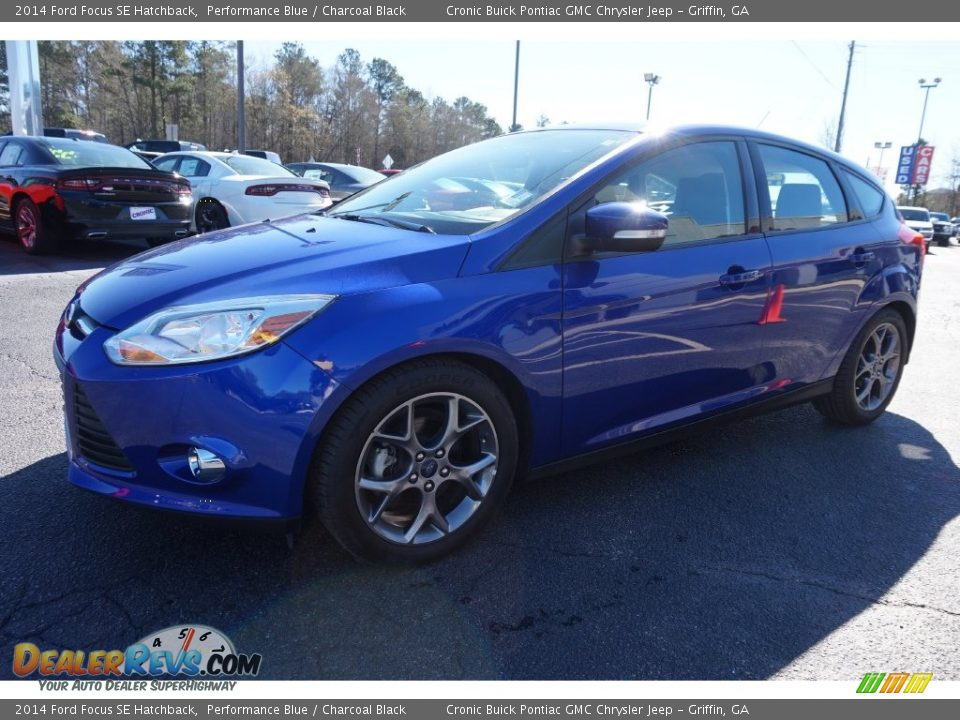 2014 ford focus se hatchback performance blue charcoal black photo 3. Black Bedroom Furniture Sets. Home Design Ideas