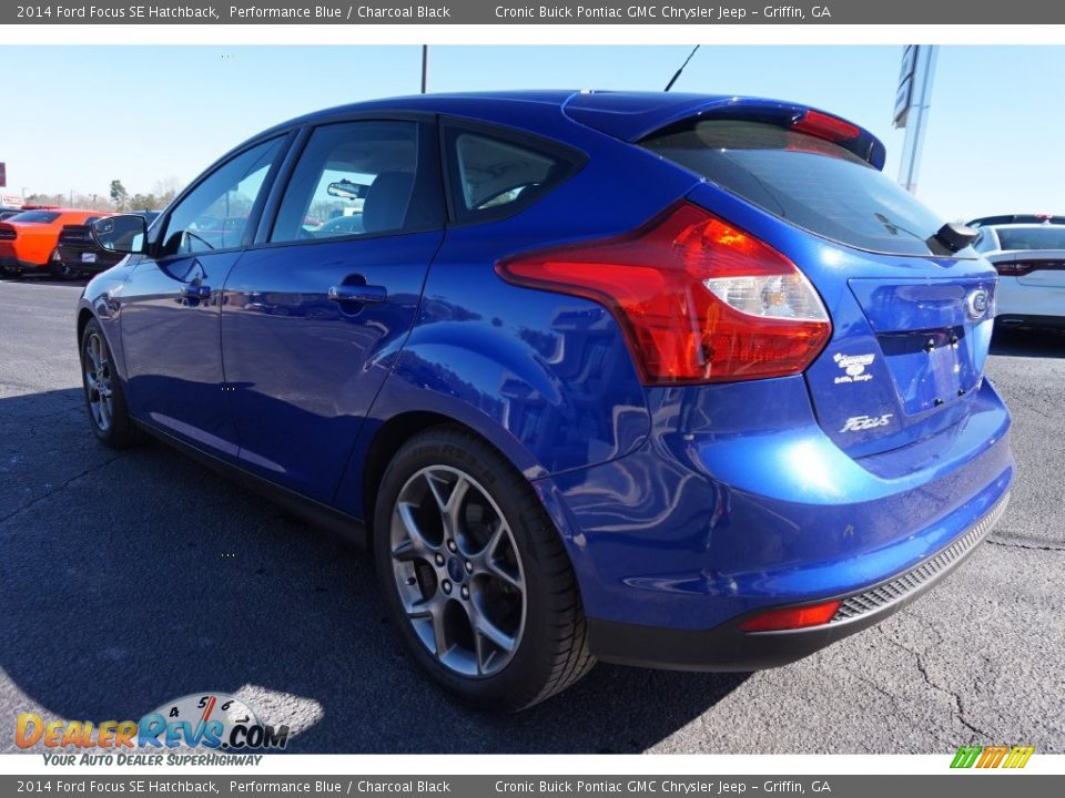 2014 ford focus se hatchback performance blue charcoal black photo 5. Black Bedroom Furniture Sets. Home Design Ideas