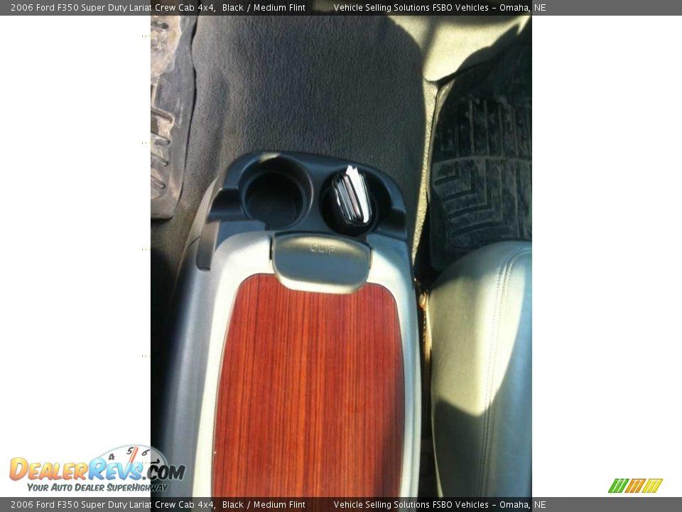 2006 Ford F350 Super Duty Lariat Crew Cab 4x4 Black / Medium Flint Photo #8