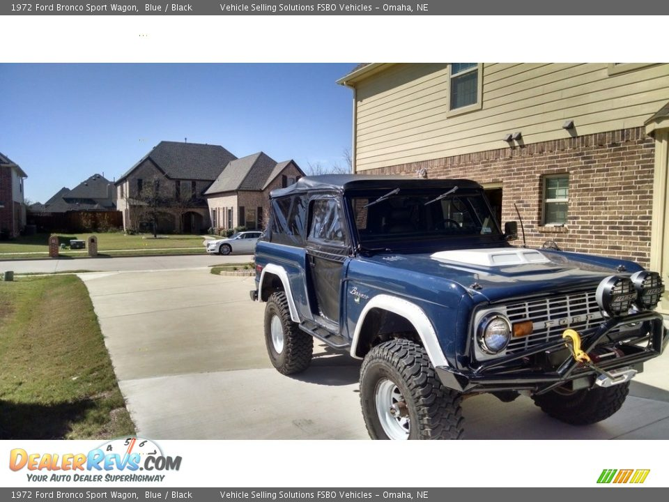 1972 Ford Bronco Sport Wagon Blue / Black Photo #2