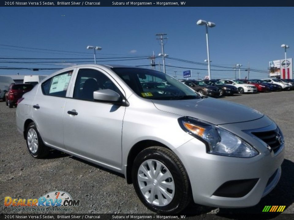 Front 3 4 View Of 2016 Nissan Versa S Sedan Photo 1
