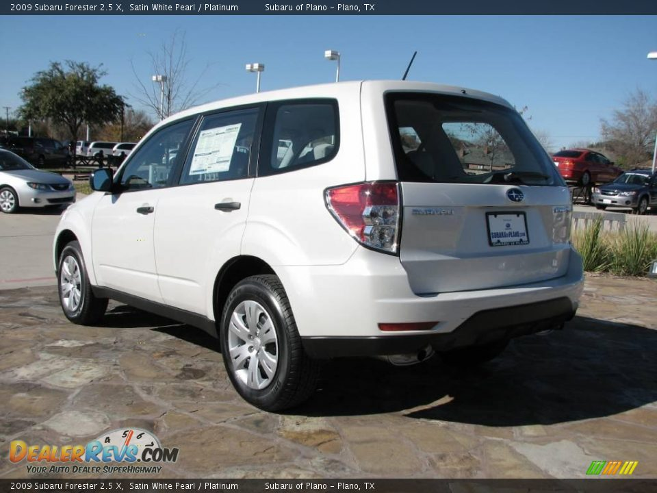 2009 subaru forester 2 5 x satin white pearl platinum photo 3. Black Bedroom Furniture Sets. Home Design Ideas