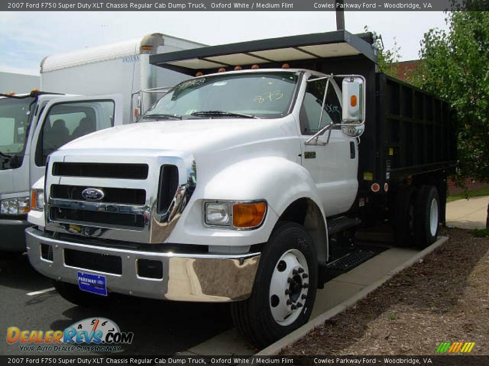 2007 Ford F750 Super Duty XLT Chassis Regular Cab Dump Truck Oxford
