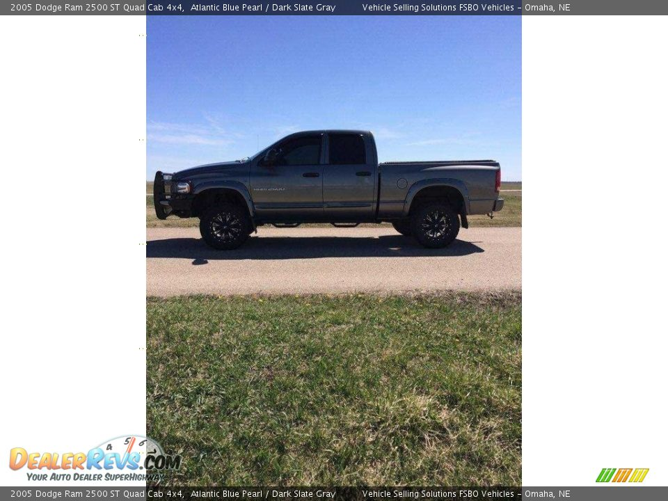 2005 Dodge Ram 2500 ST Quad Cab 4x4 Atlantic Blue Pearl / Dark Slate Gray Photo #2