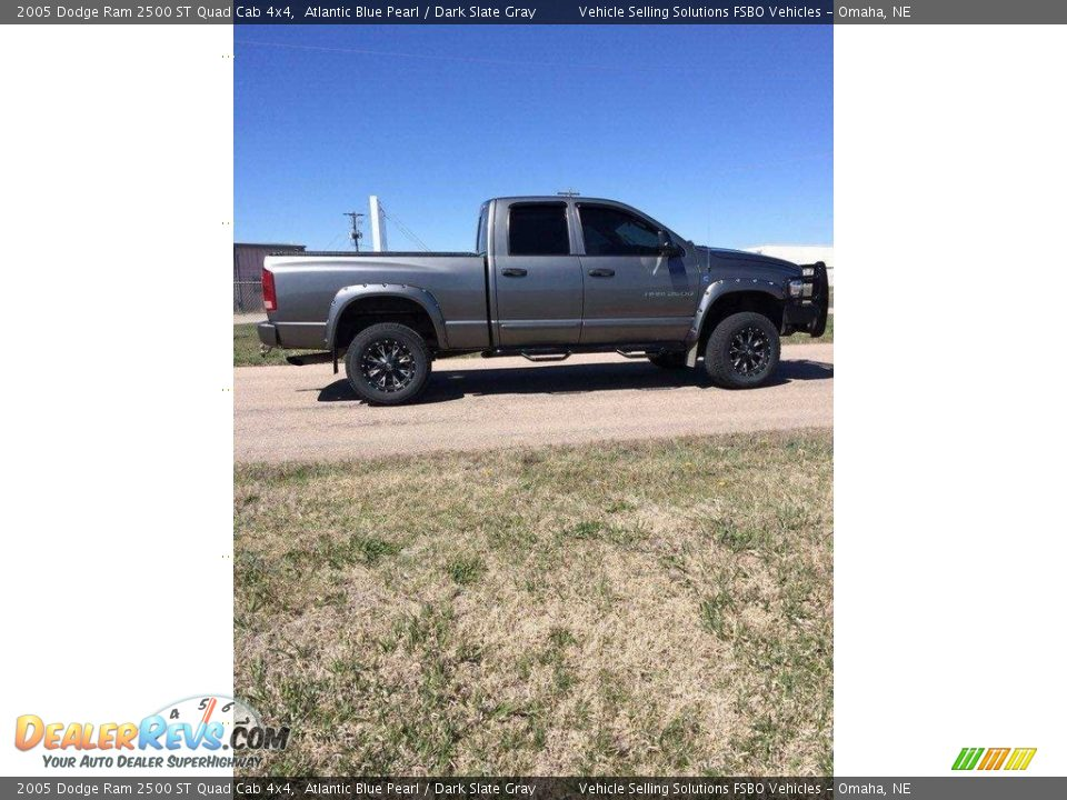 2005 Dodge Ram 2500 ST Quad Cab 4x4 Atlantic Blue Pearl / Dark Slate Gray Photo #5