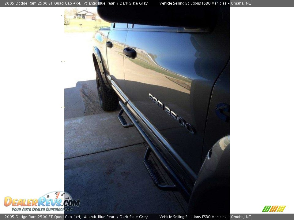 2005 Dodge Ram 2500 ST Quad Cab 4x4 Atlantic Blue Pearl / Dark Slate Gray Photo #9