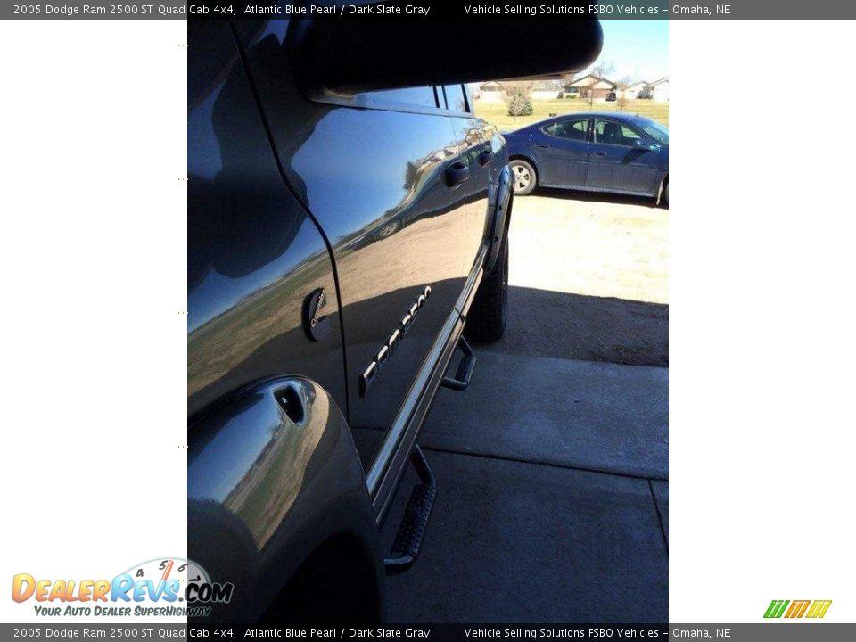 2005 Dodge Ram 2500 ST Quad Cab 4x4 Atlantic Blue Pearl / Dark Slate Gray Photo #10