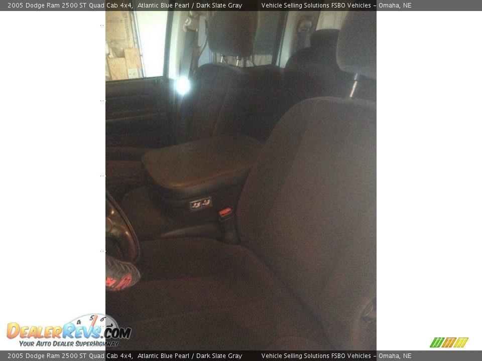 2005 Dodge Ram 2500 ST Quad Cab 4x4 Atlantic Blue Pearl / Dark Slate Gray Photo #13