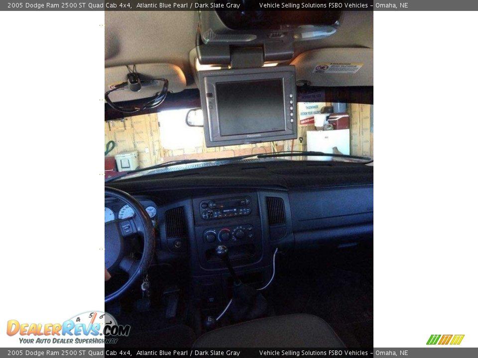 2005 Dodge Ram 2500 ST Quad Cab 4x4 Atlantic Blue Pearl / Dark Slate Gray Photo #15