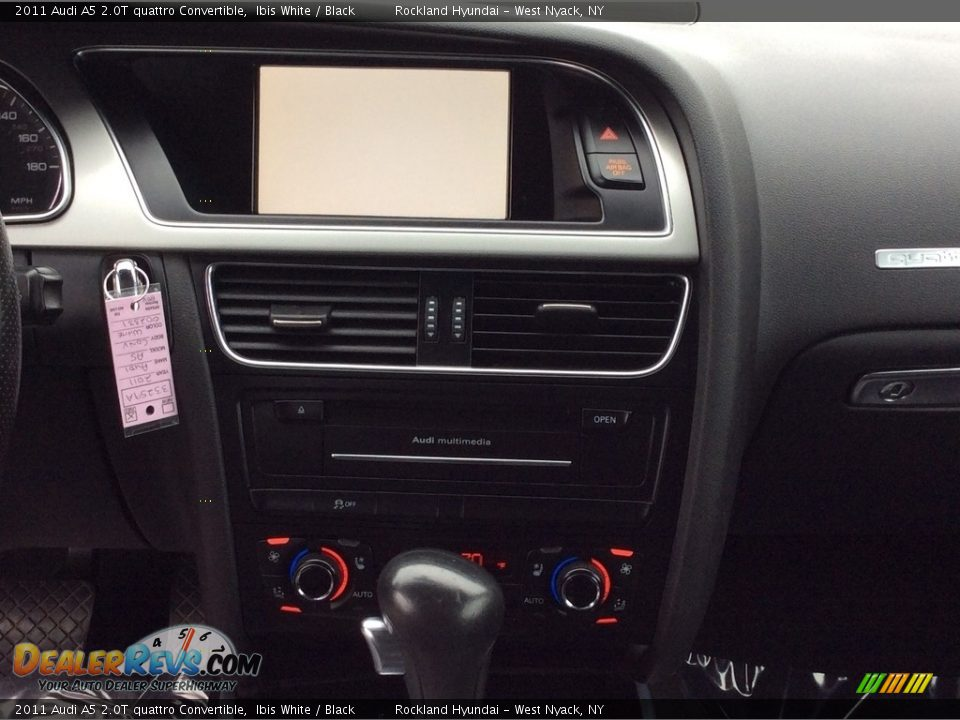 2011 Audi A5 2.0T quattro Convertible Ibis White / Black Photo #13
