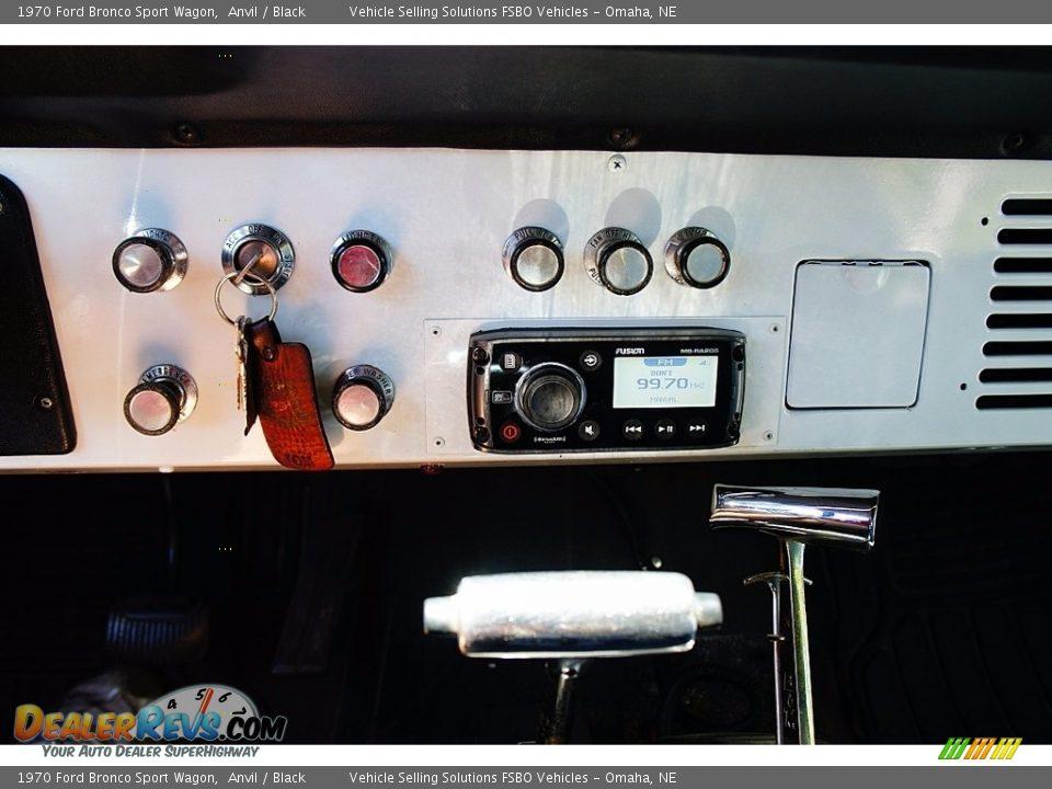 1970 Ford Bronco Sport Wagon Anvil / Black Photo #8