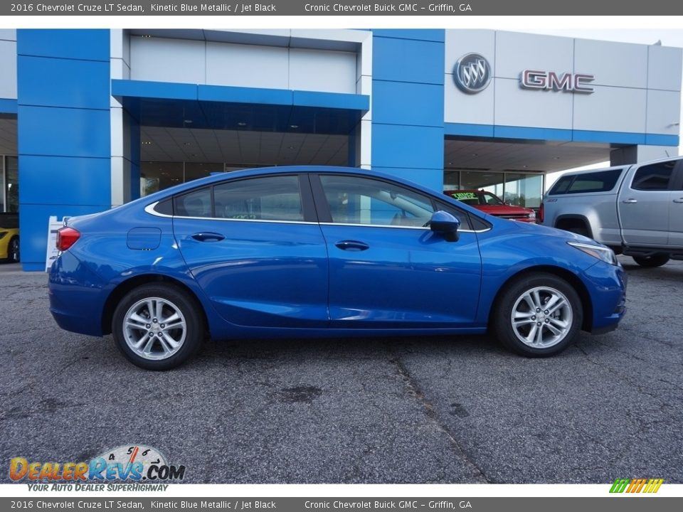 2016 Chevrolet Cruze LT Sedan Kinetic Blue Metallic / Jet Black Photo #8