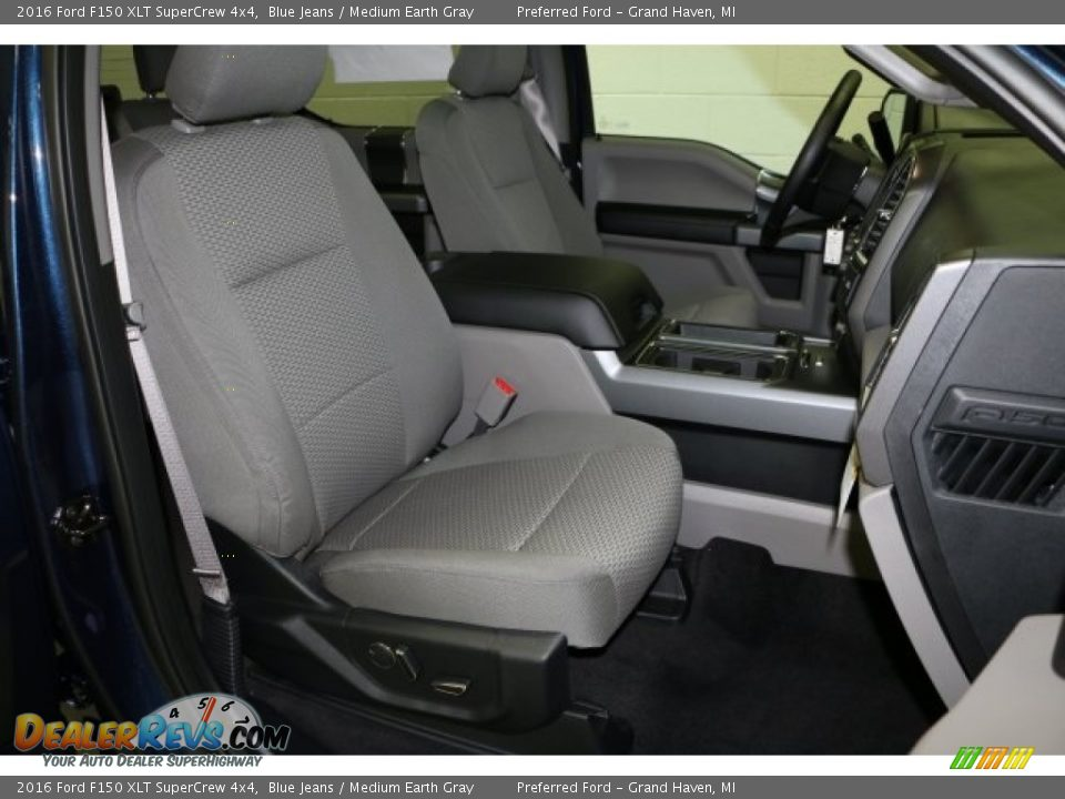 2016 Ford F150 XLT SuperCrew 4x4 Blue Jeans / Medium Earth Gray Photo #5