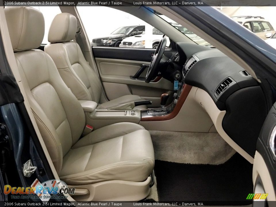 2006 Subaru Outback 2.5i Limited Wagon Atlantic Blue Pearl / Taupe Photo #21