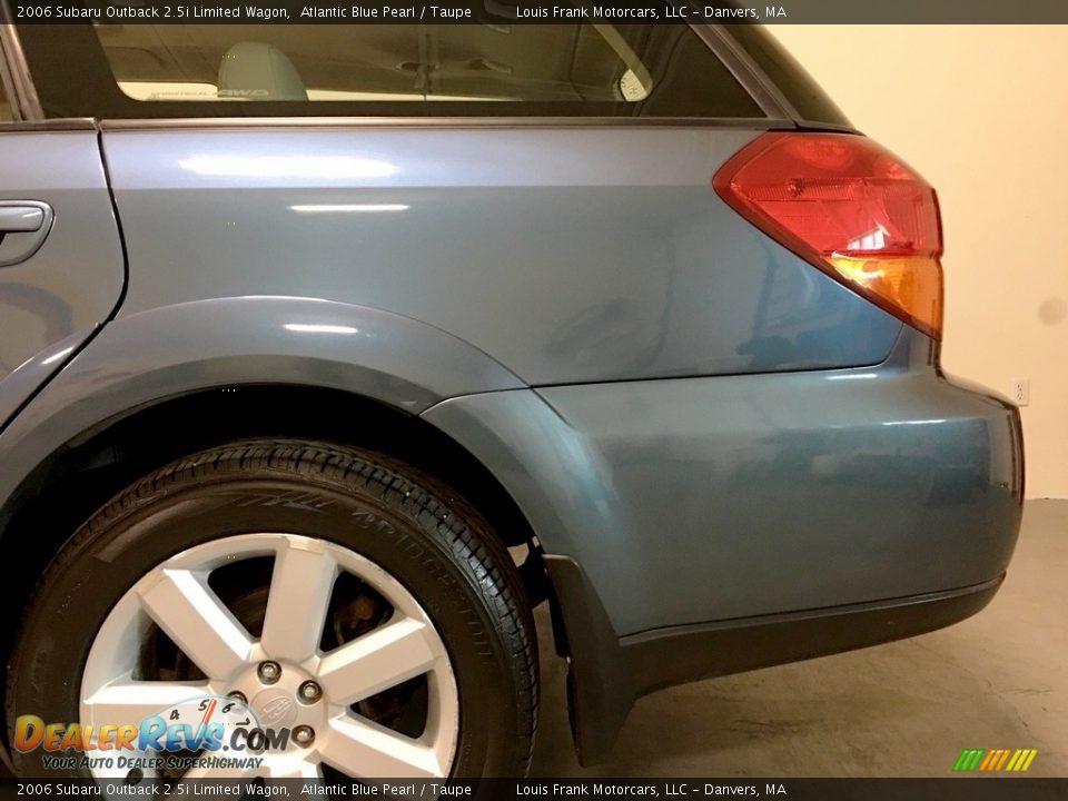 2006 Subaru Outback 2.5i Limited Wagon Atlantic Blue Pearl / Taupe Photo #36