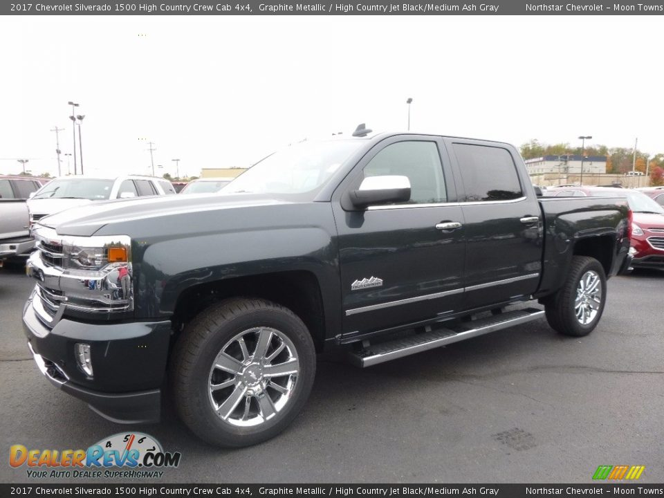 Front 3/4 View of 2017 Chevrolet Silverado 1500 High Country Crew Cab 4x4 Photo #1