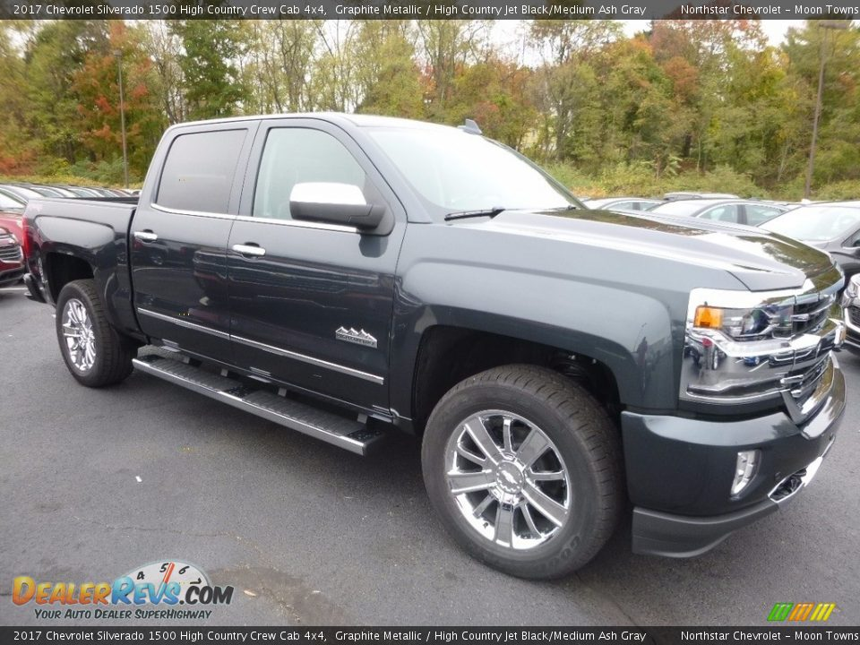 Front 3/4 View of 2017 Chevrolet Silverado 1500 High Country Crew Cab 4x4 Photo #3