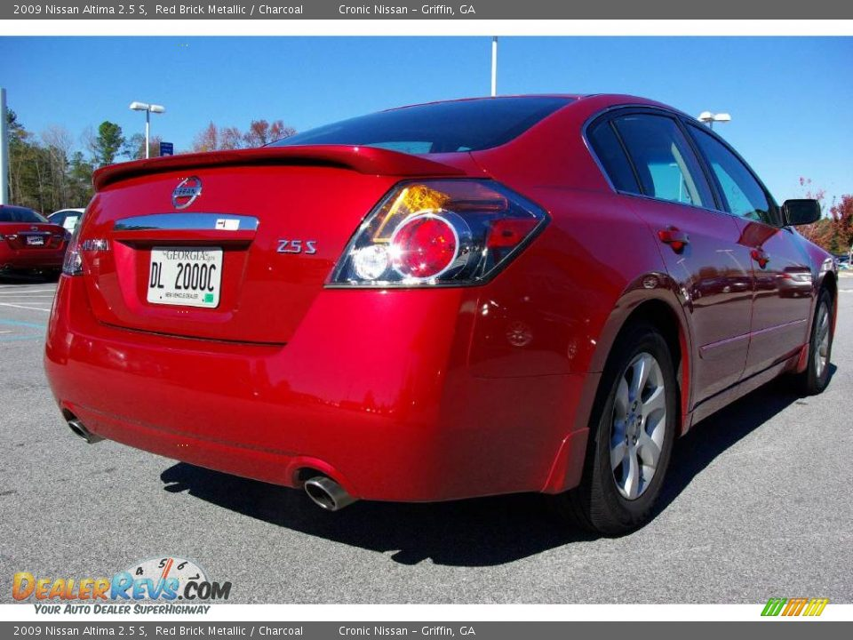 2009 Nissan Altima 2 5 S Red Brick Metallic Charcoal Photo 6 Dealerrevs Com