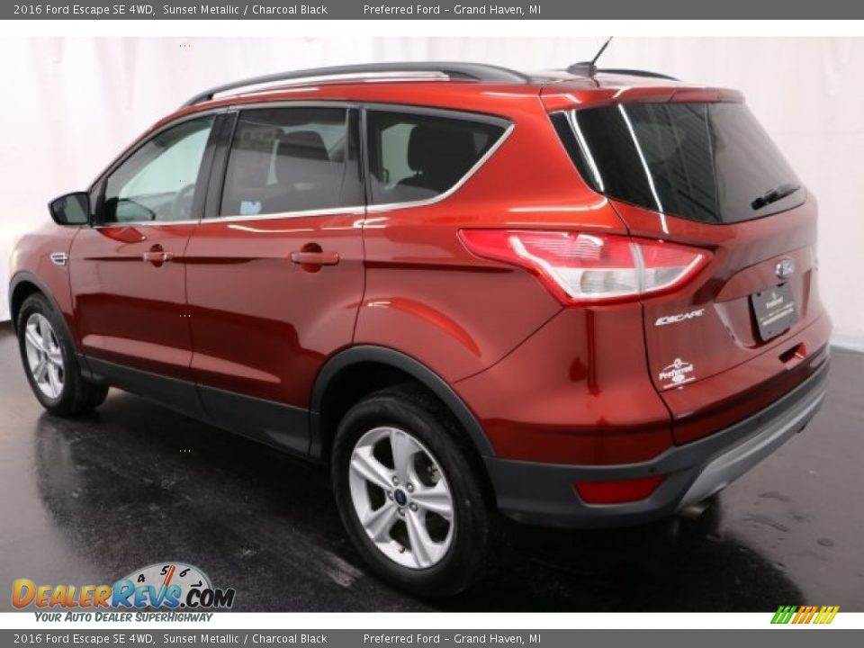 2016 Ford Escape SE 4WD Sunset Metallic / Charcoal Black Photo #25