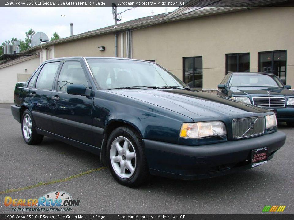 Photo on 1996 Volvo 850 Green