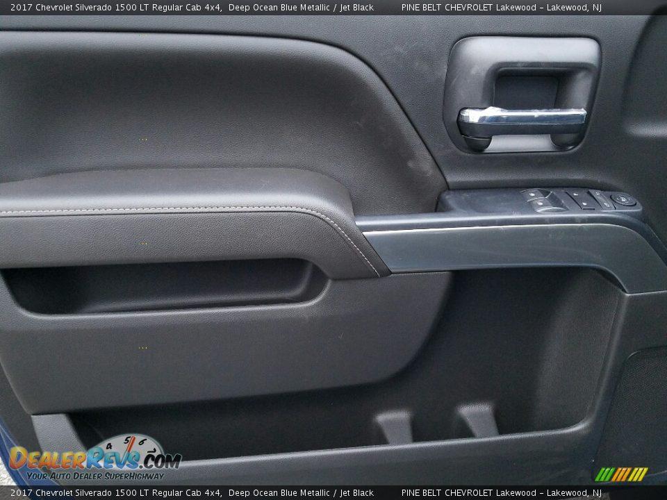 2017 Chevrolet Silverado 1500 LT Regular Cab 4x4 Deep Ocean Blue Metallic / Jet Black Photo #8
