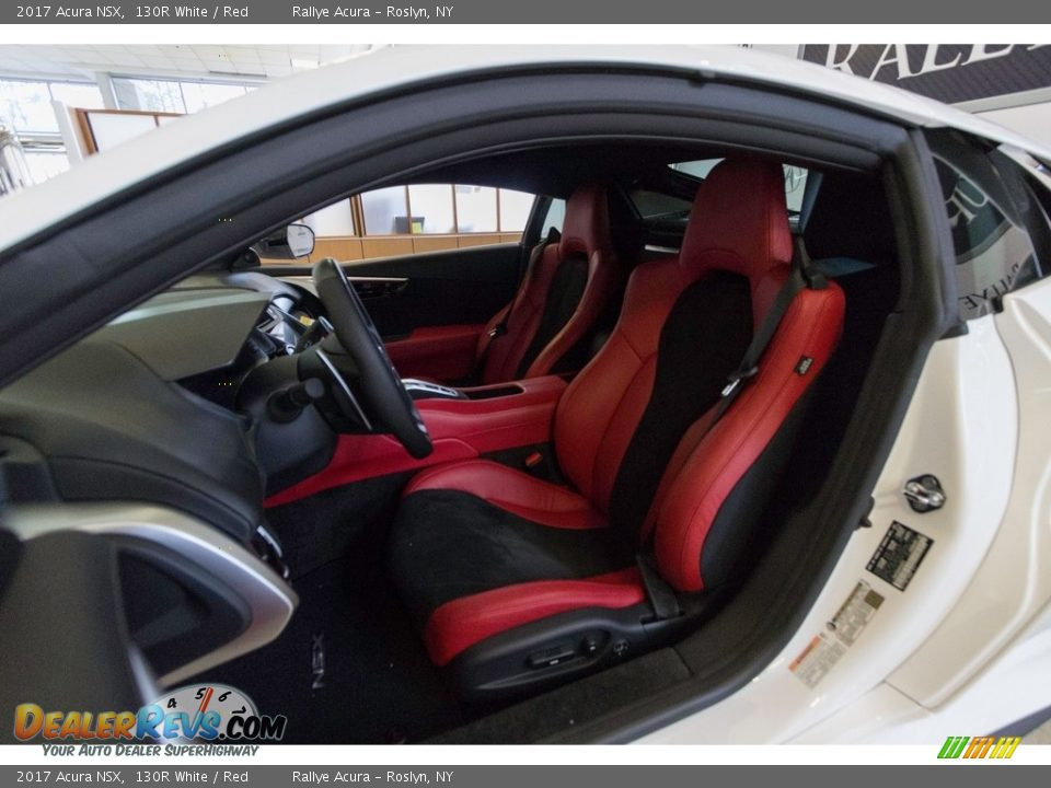 Front Seat of 2017 Acura NSX  Photo #25