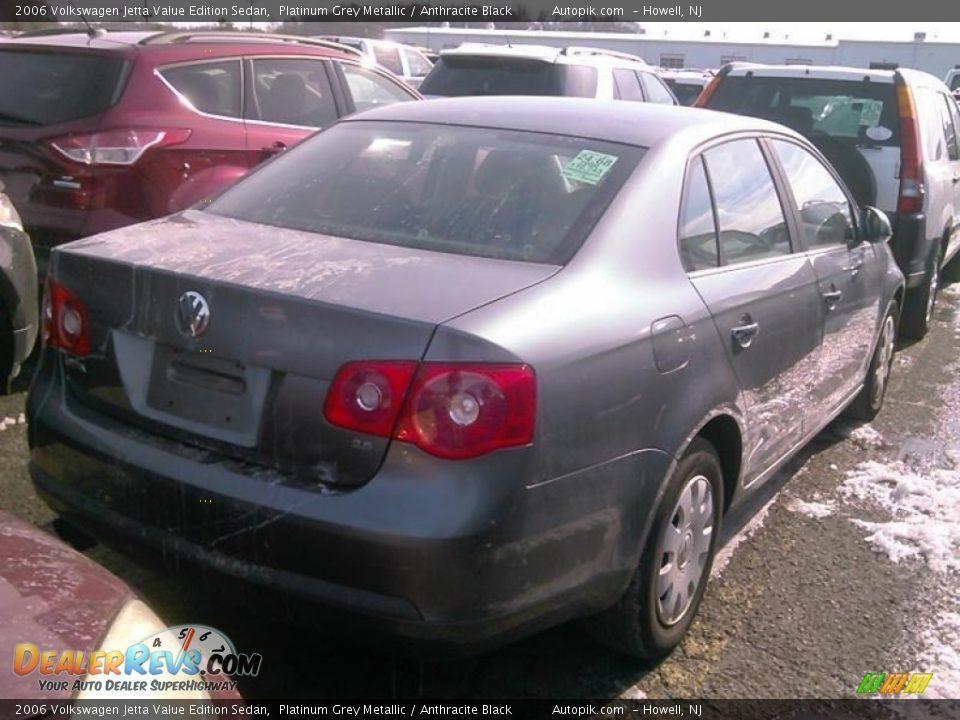 2006 Volkswagen Jetta Value Edition Sedan Platinum Grey Metallic / Anthracite Black Photo #2