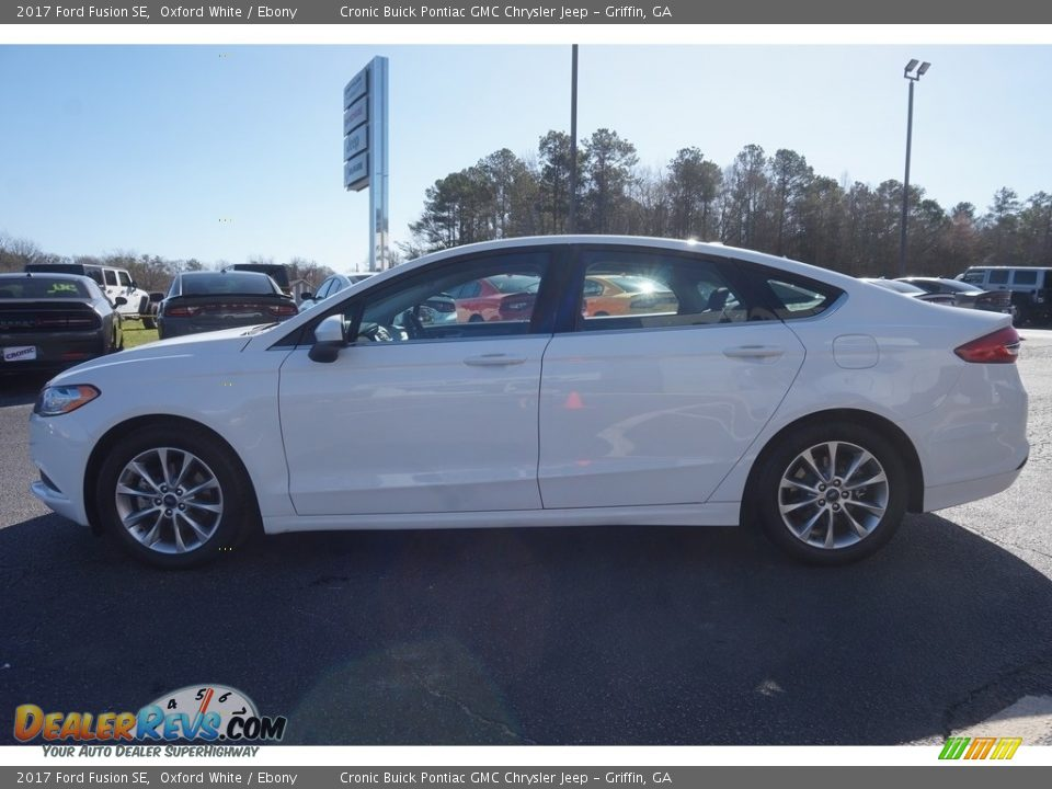 2017 Ford Fusion SE Oxford White / Ebony Photo #4