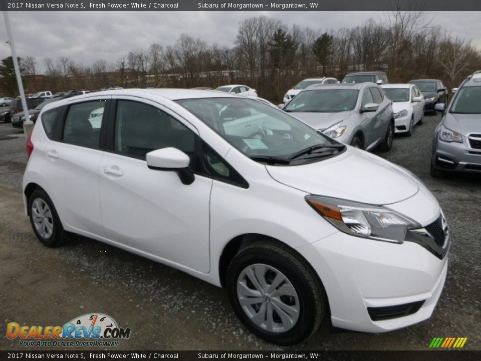 Front 3/4 View of 2017 Nissan Versa Note S Photo #1