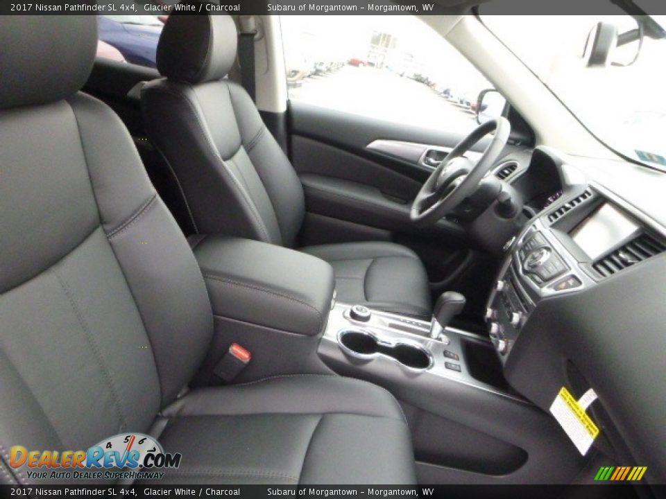 2017 Nissan Pathfinder SL 4x4 Glacier White / Charcoal Photo #3