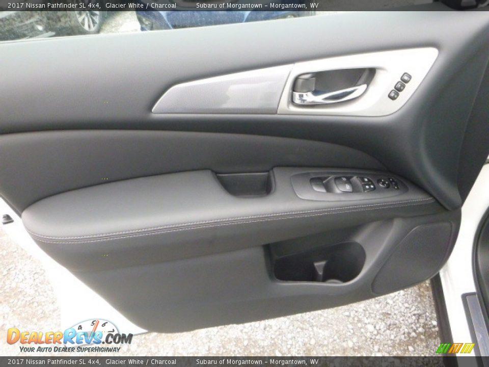 2017 Nissan Pathfinder SL 4x4 Glacier White / Charcoal Photo #15