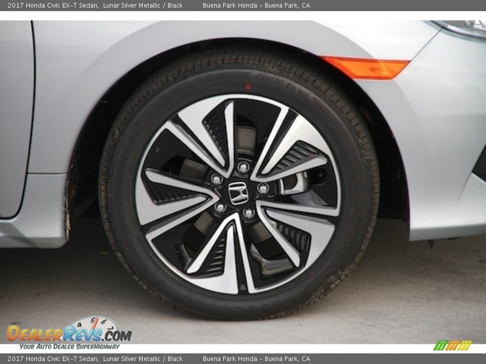 2017 Honda Civic EX-T Sedan Lunar Silver Metallic / Black Photo #5
