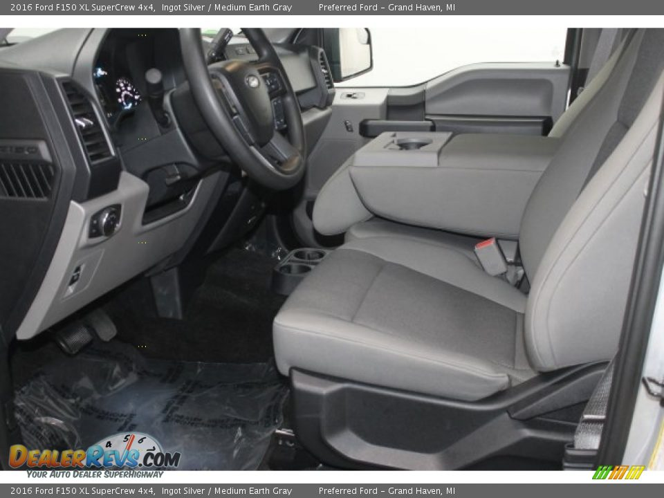 2016 Ford F150 XL SuperCrew 4x4 Ingot Silver / Medium Earth Gray Photo #5