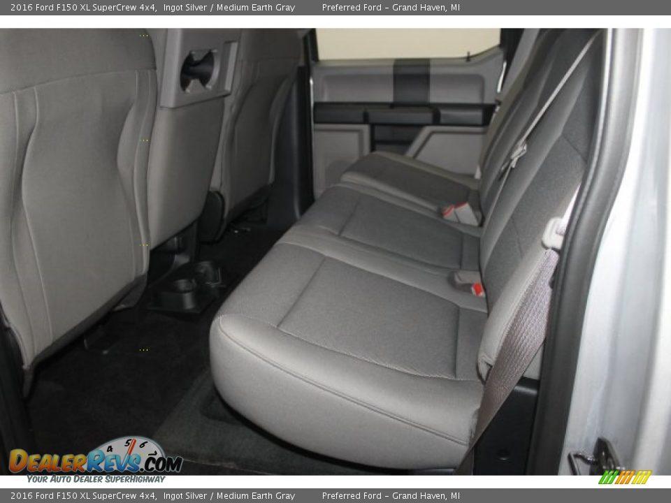 2016 Ford F150 XL SuperCrew 4x4 Ingot Silver / Medium Earth Gray Photo #19