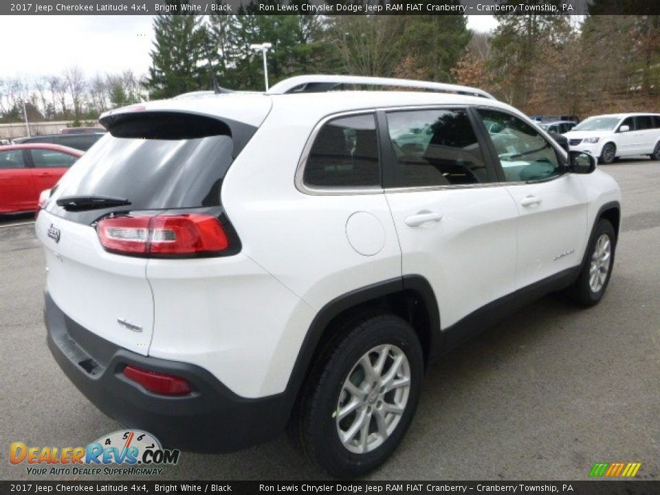 2017 Jeep Cherokee Latitude 4x4 Bright White / Black Photo #5
