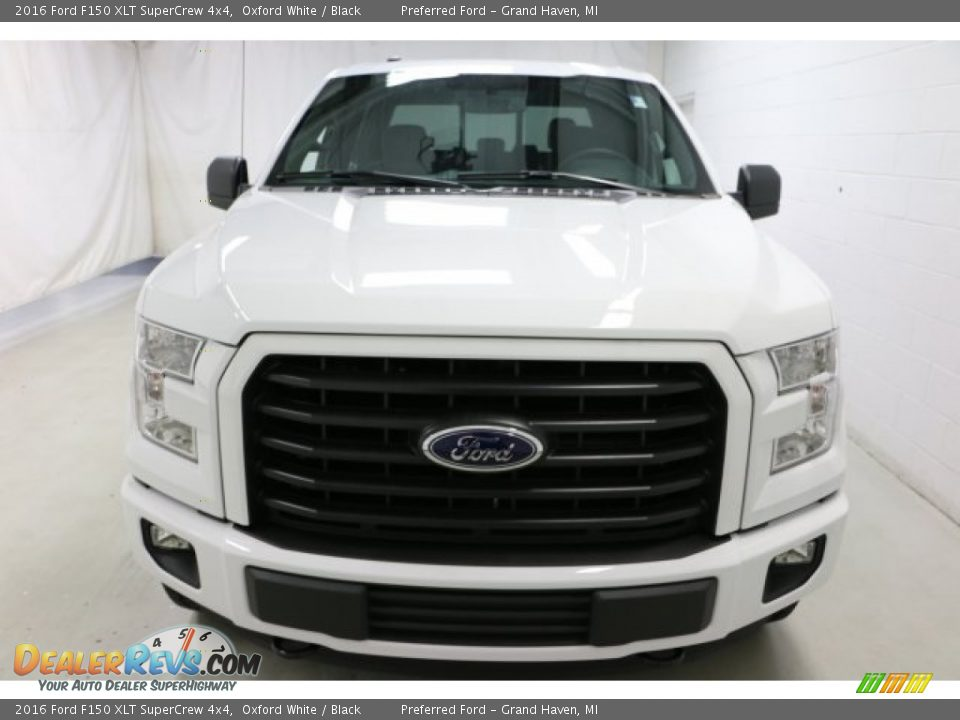 2016 Ford F150 XLT SuperCrew 4x4 Oxford White / Black Photo #2