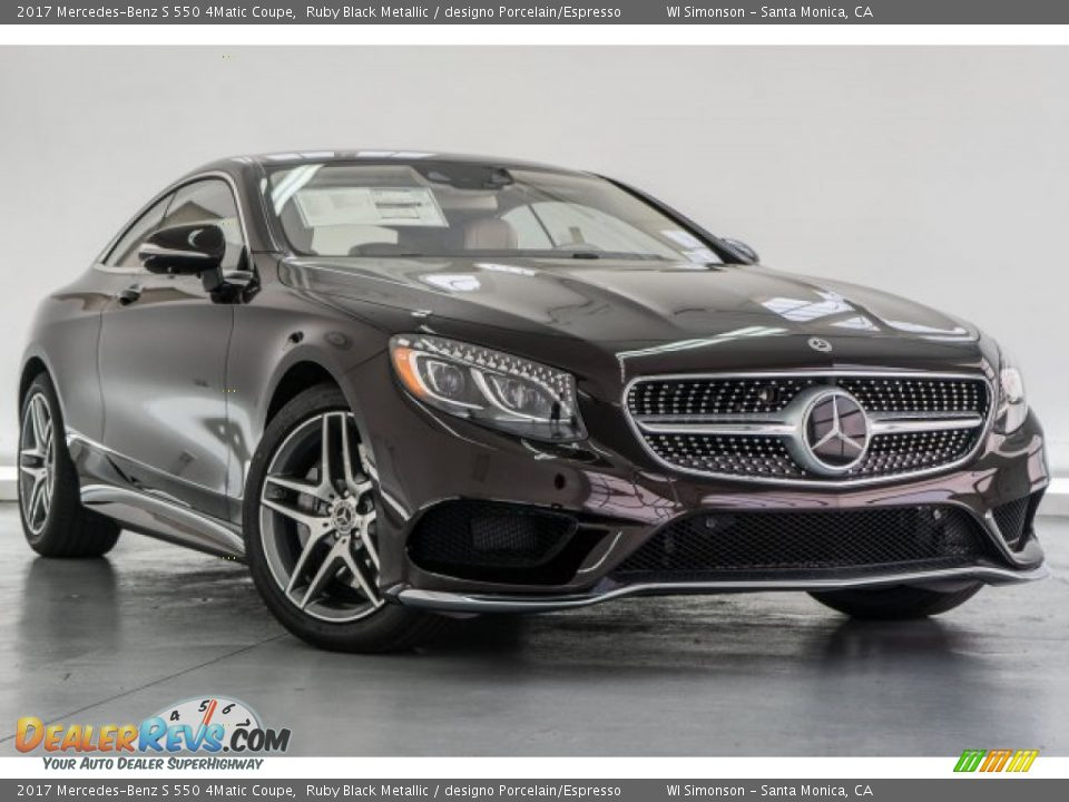 Front 3/4 View of 2017 Mercedes-Benz S 550 4Matic Coupe Photo #12