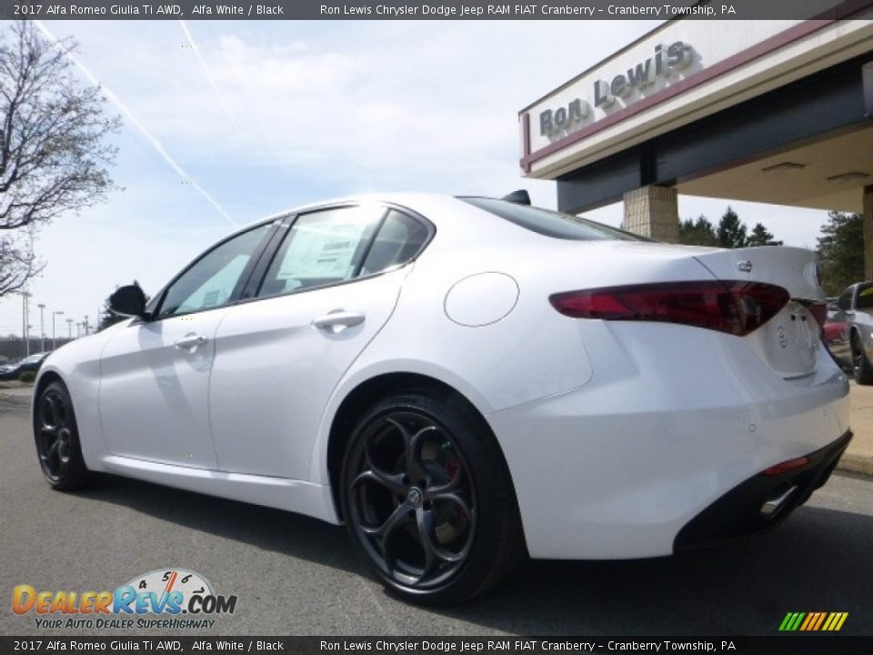 2017 Alfa Romeo Giulia Ti AWD Alfa White / Black Photo #6