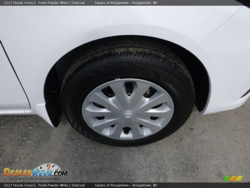 2017 Nissan Versa S Fresh Powder White / Charcoal Photo #2