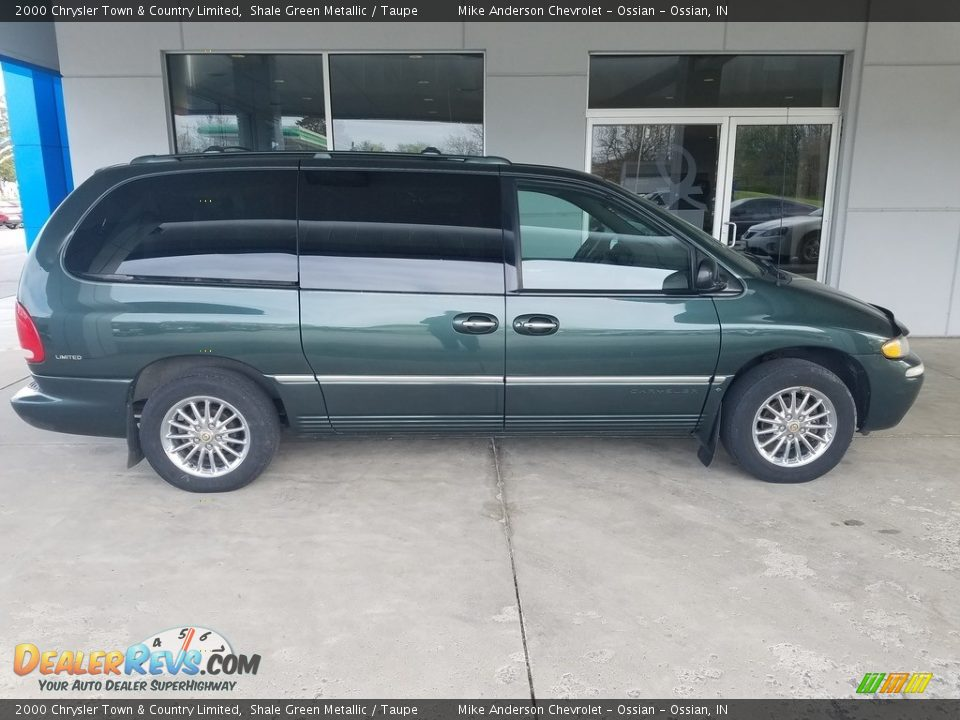 Shale Green Metallic 2000 Chrysler Town & Country Limited Photo #2