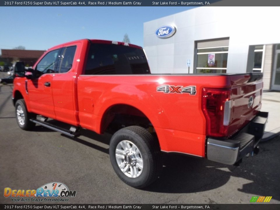2017 Ford F250 Super Duty XLT SuperCab 4x4 Race Red / Medium Earth Gray Photo #8