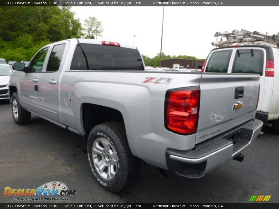 2017 Chevrolet Silverado 1500 LT Double Cab 4x4 Silver Ice Metallic / Jet Black Photo #3
