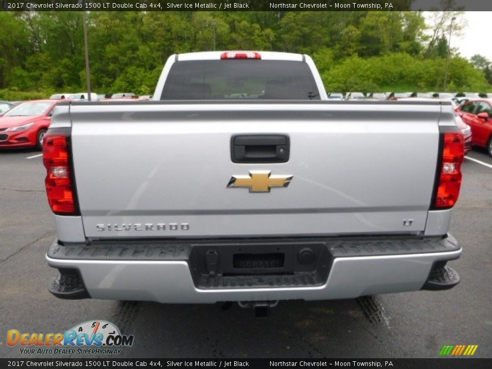 2017 Chevrolet Silverado 1500 LT Double Cab 4x4 Silver Ice Metallic / Jet Black Photo #4