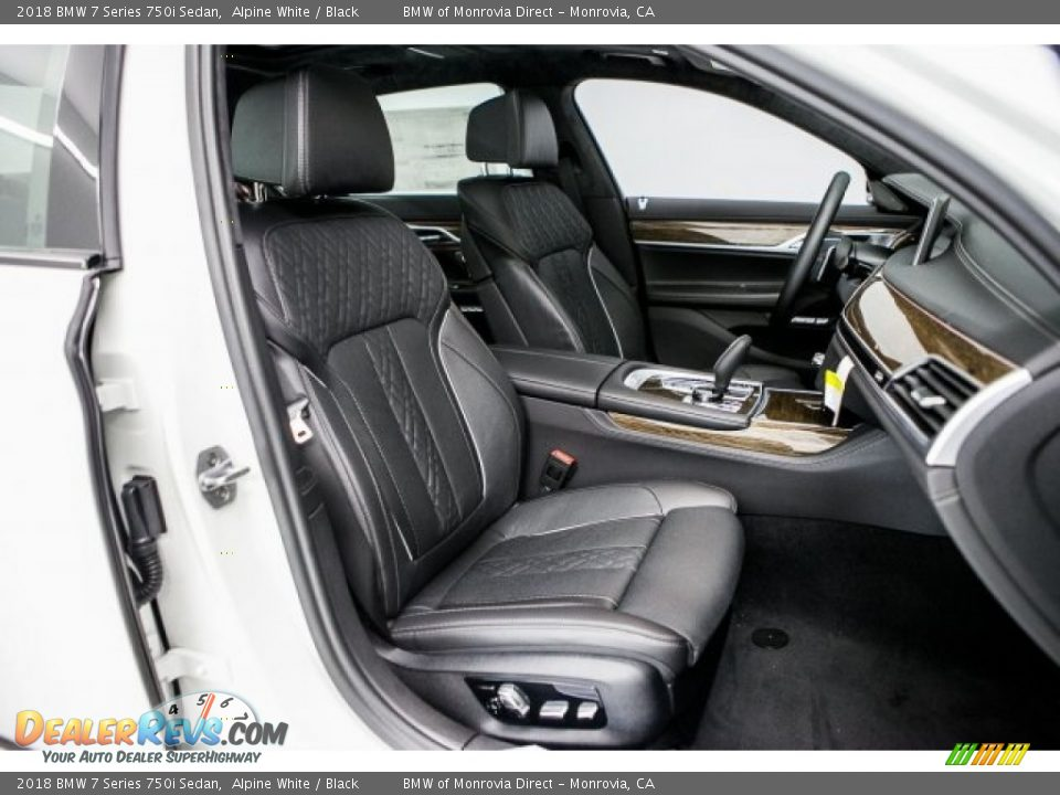 Black Interior - 2018 BMW 7 Series 750i Sedan Photo #2